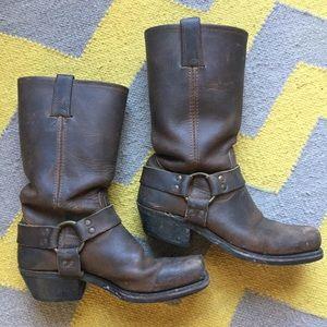 Frye Harness 12R Boots (8.5N)